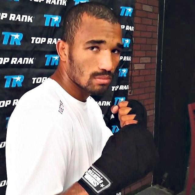 o boxeador vem de família dedicada ao esporte e que morou por muito anos na região de jacaraípe
