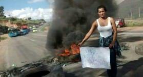 Moradores da região já fizeram outras manifestações na rodovia pelo mesmo motivo. Foto: Tom Paparazzi