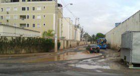 A pavimentação é uma reivindicação antiga dos moradores da rua Fernando Pessoa, em Jardim Limoeiro.