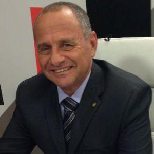 O deputado Carlos Manato cumprirá o seu terceiro mandato