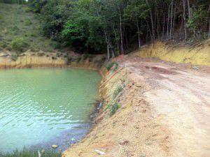 Segundo a Polícia Ambiental os responsáveis fizeram terraplanagem três vezes maior do que a defesa ambiental permitia. Foto: Divulgação Polícia Ambiental