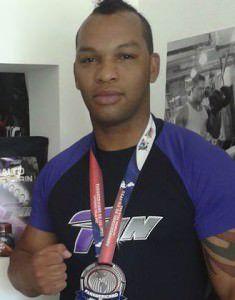 O lutador Pedro Fernando Modenese Filho é morador de Jacaraípe. Foto: Divulgação