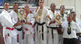 Os lutadores trouxeram quatro medalhas para casa. Foto: Divulgação