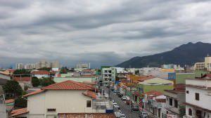 Céu visto de Laranjeiras por volta das 17h de hoje. Foto: Bruno Lyra