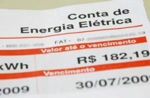 Deputados aprovam gratuidade de energia para famílias de baixa renda