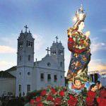 Tradição. A festa da padroeira reúne anualmente milhares de fiéis na Sede. Foto: Edson Reis