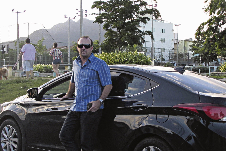 Anderson Mendonça comparou o preço em 3 cidades e ficou impressionado com a diferença, mas acabou fazendo o seguro na Serra. Foto: Fabio Barcelos
