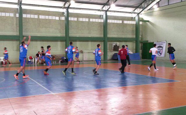 O jogo aconteceu no ginásio de Jardim Limoeiro no último domingo 24. Foto: Thiago Albuquerque
