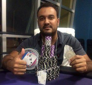 Cliver agora é bicampeão estadual de Poker. Foto: Divulgação