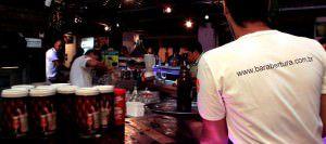 Bar em Laranjeiras: apenas 11 estabelecimentos na Serra tem autorização para funcionar após 01h. Foto: Divulgação