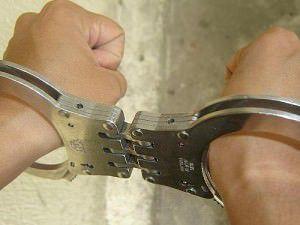 Polícia apreende adolescente armado e com drogas na Serra