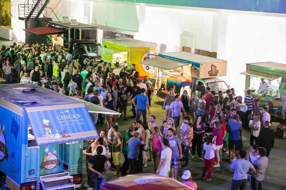 Primeiro encontro de food trucks em junho de 2015 no Shopping Mestre Álvaro foto de divulgação