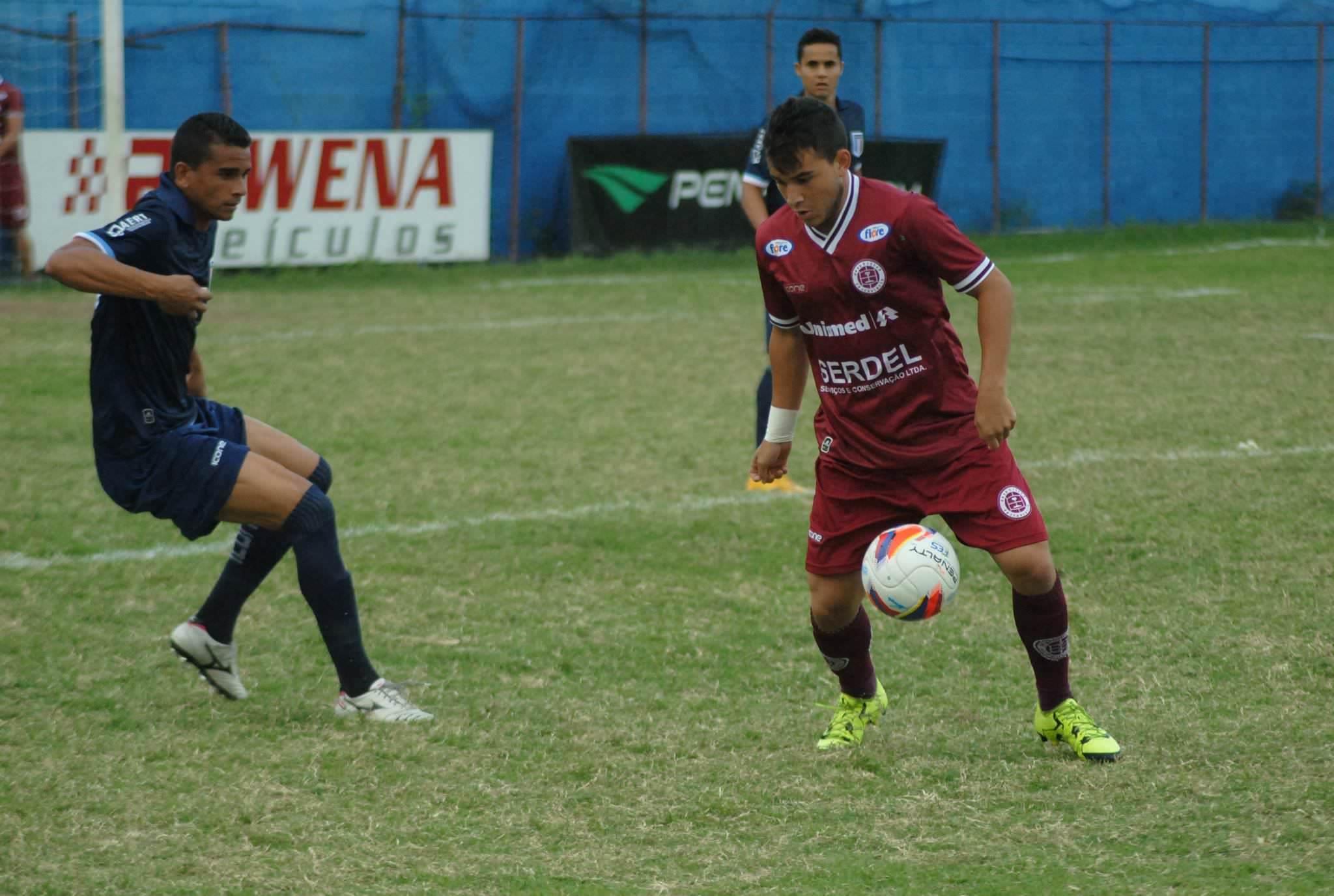Mesmo perdendo o último jogo, a Desportiva vem subindo na tabela. Foto: Divulgação/Henrique Montovanelli