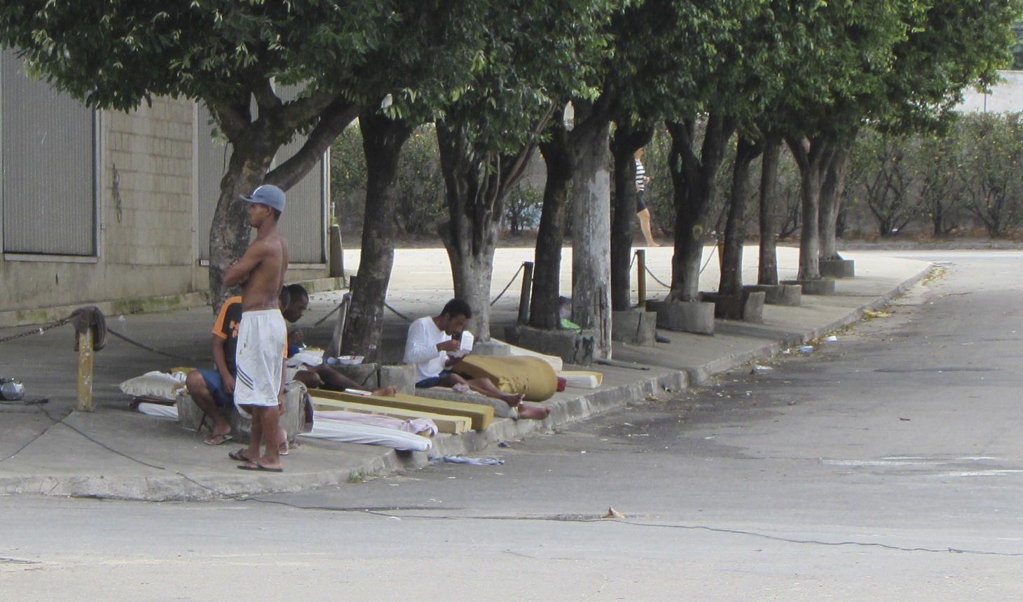 Moradores de rua vão receber auxílio de R$ 360 por mês na Serra