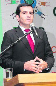 Givaldo é o preferido, mas Roberto Carlos quer ser candidato. Foto: Divulgação