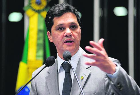 Ferraço disse que a centralização do poder político em Brasília precisa ser revista para maior autonomia dos municípios. Foto: Divulgação