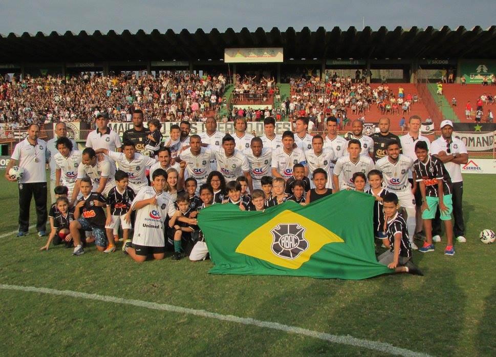 O time do Rio Branco em jogo no Engenheiro Araripe. Foto: Divulgação