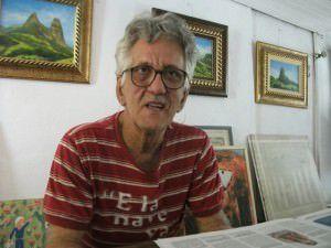 O pintor kleber Galveas em seu ateliê na Barra do Jucu. Foto: Arquivo TN / Bruno Lyra