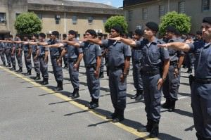 Deputados querem adicional de periculosidade a policiais e bombeiros