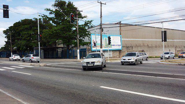 Na altura de Chácara Parreiral, ouve mudança no ponto de cruzamento da rodovia. Foto: Bruno Lyra