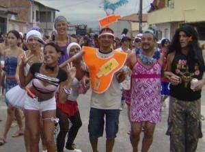 O bloco é tradicional no bairro e já desfila há 28 anos. Foto: Divulgação