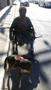 Fernando e seu fiel escudeiro Linguiça. Foto: Reprodução Facebook