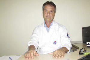 Cândido diz que clube pode ser multado pela Federação de Futebol. Foto: Bruno Lyra