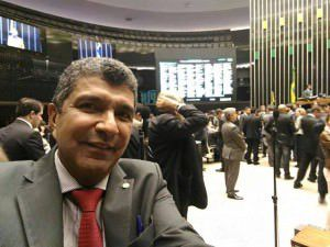 O deputado durante sessão no Congresso Nacional. Foto: Reprodução Facebook