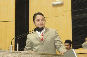 Vandinho Leite  é um dos nomes cotados a entrar na disputa pela Prefeitura. Foto: Divulgação