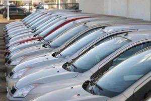 Das importações, a maior queda foi no setor de automóveis: -56%. Foto: Divulgação Agência Brasil