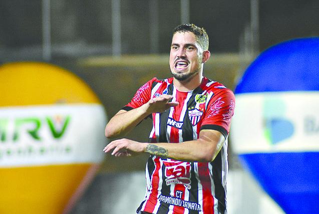 Serra inicia caminho para o  hepta contra Real no Klebão