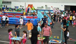 Brincadeiras e comida de graça para crianças em Jacaraípe