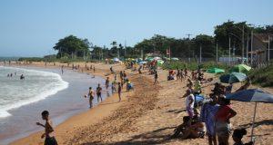 Todas as praias da Serra estão próprias para banho, diz prefeitura