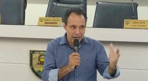 Vereador denuncia que consumidor paga 30% de ar na conta de água