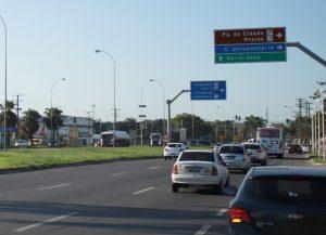 Eco 101 cobra pedágio, mas prefeitura vai ter que iluminar rodovia