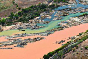 Rio Doce e Atlântico podem  receber mais lama da Vale