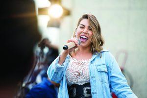 """""""Vai ser inesquecível"""", diz Naiara Azevedo sobre show deste sábado na Serra"""