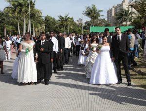 Casamento comunitário da Serra é adiado e noivos sofrem prejuízo, afirmam participantes