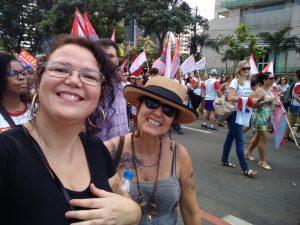 Professores da Serra se unem à manifestação contra cortes de Bolsonaro