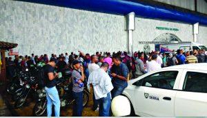 Cresce busca por vaga de emprego no Sine da Serra