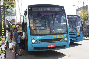 Rodoviários vão protestar contra ônibus sem cobrador nesta quarta, diz Sindicato
