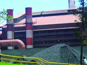 Falta de minério derruba indústria  capixaba em 18%, diz Instituto