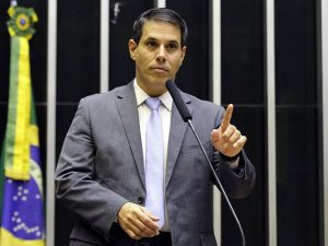 Em Brasília, Amaro ajuda a destravar quase R$ 1 milhão para obras na Serra
