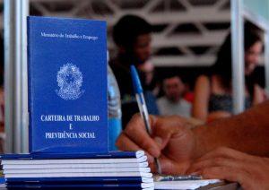 Semana começa com mais de 90 vagas de emprego abertas na Serra