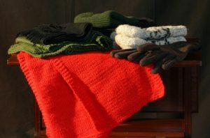 Moradora faz campanha para arrecadar agasalhos para pessoas carentes na Serra