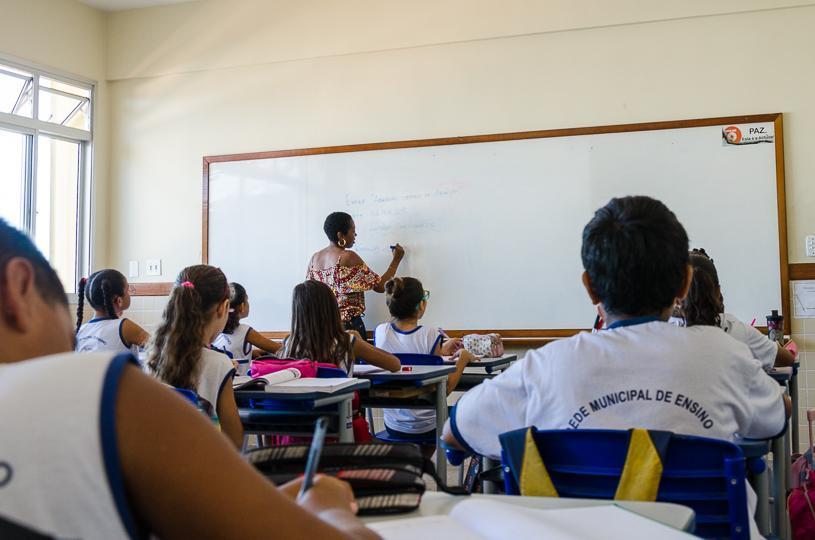 Projeto obriga detector de metal em escolas públicas e privadas da Serra