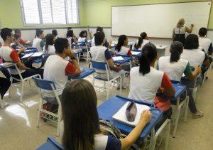 Férias escolares de julho mexem com o dia a dia das famílias
