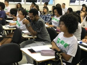 Projeto abre 100 vagas para intensivo de pré-Enem gratuito