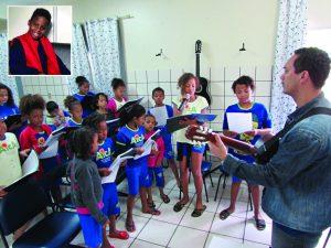 Rede Aica leva cultura a crianças e adolescentes através da música