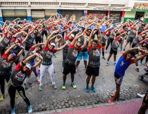 """Corrida """"Treinão dos Namorados"""" movimenta ruas da Serra no domingo"""